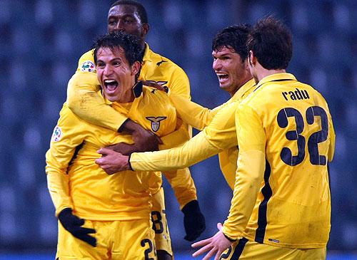 La Lazio empato un partido que perdia por 3 a 0 y rescato un punto en su visita al Udinese