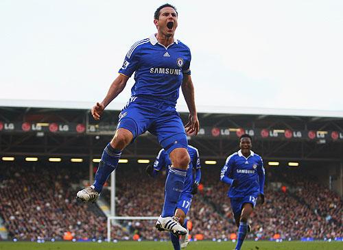 Como su compatriota Steven Gerrard, el volante del Chelsea, Frank Lampard, también logro dos anotaciones para el empate de su equipo