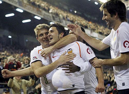 El Valencia empato con el Villarreal y se alejo de las mejores posiciones