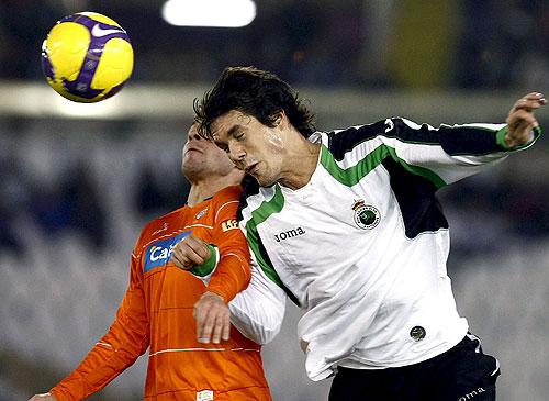 Otro partido para destacar fue el empate entre el Racing de Santander recibiendo como Local al Recreativo Huelva que dió como resultado un empate pese a que el conjunto visitante se noto superior durante gran parte del encuentro disputado entre ambos equipos